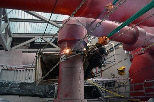 Kombinationen af stilladsarbejde og rope access muliggjorde, at stilladset kunne monteres præcist hvor det skulle være. Intet overflødigt stillads var i vejen til når rørene skulle rigges ned.